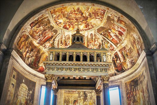 Basilica of San Pietro in Vincoli, apse of the church with mannerist frescoes