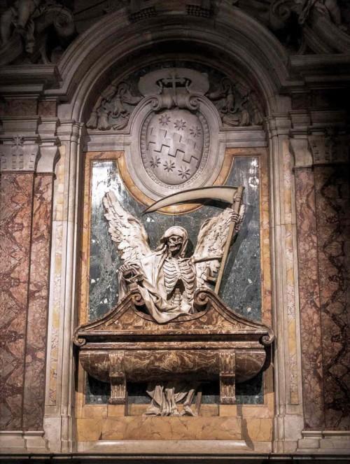 Basilica of San Pietro in Vincoli, tombstone of Cardinal Cinzio P. Aldobrandini