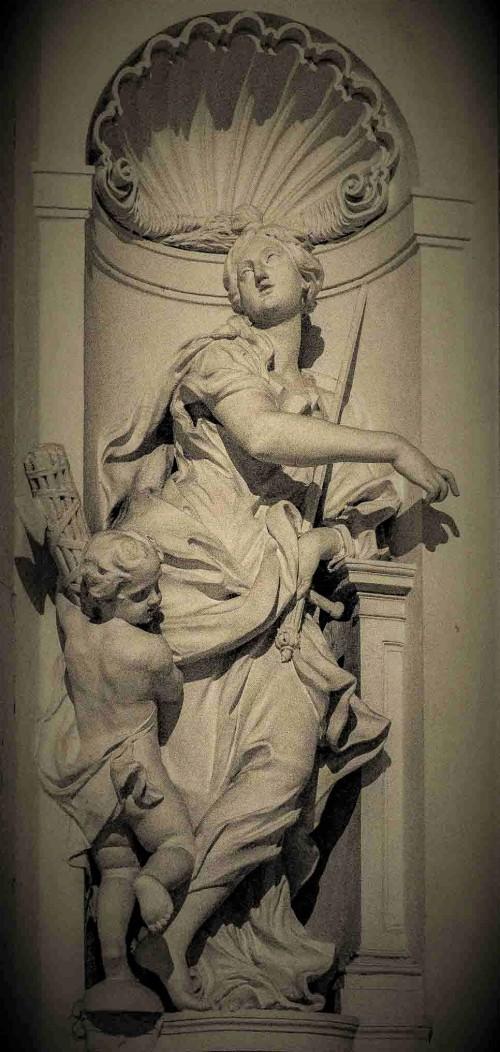 Camillo Rusconi, personifikacja Sprawiedliwości, kaplica Ludovisi, kościół Sant'Ignazio di Loyola