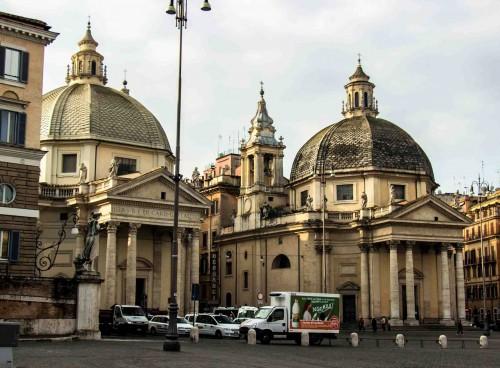 Carlo Rainaldi, bliźniacze kościoły - Santa Maria dei Miracoli i Santa Maria in Montesanto, Piazza del Popolo
