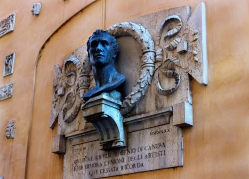 Casa del Canova at via del Canova, building façade with a commemorative plaque honoring the sculptor