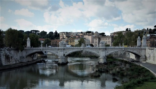 Ponte Vittorio Emanuele II – one of the symbols of united Italy