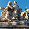 Ponte Vittorio Emanuele II, jedna z alegorycznych grup zdobiących most