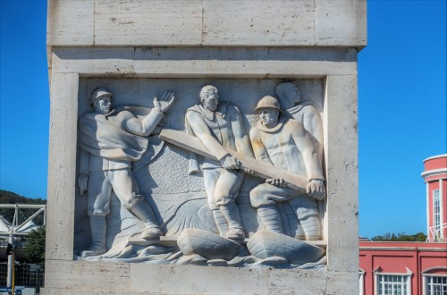 Ponte Duca d'Aosta, one of the bas-reliefs commemorating the deeds of Italian soldiers during World War I