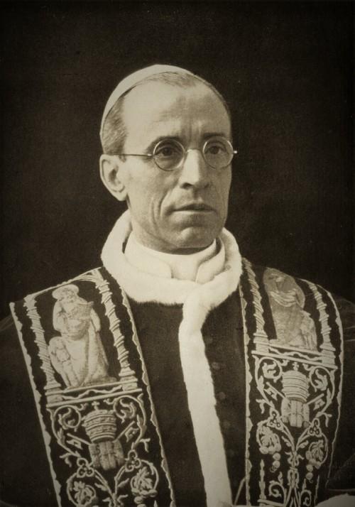 Pius XII, zdj. Wikipedia