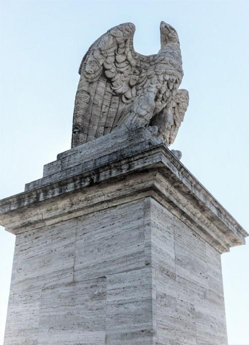 Ponte Flaminio, jeden z elementów zdobniczych mostu