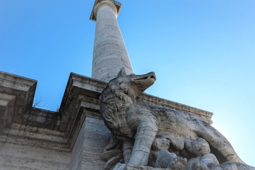 Ponte Flaminio - przykład budownictwa czasów faszystowskich