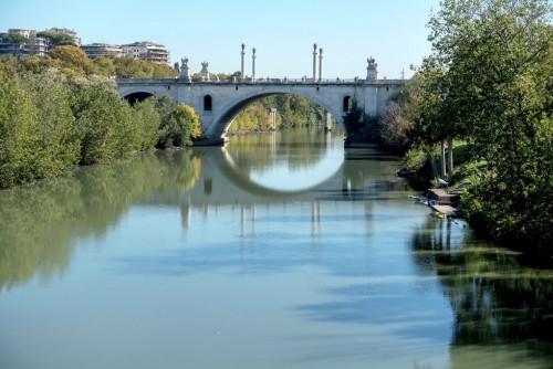 Ponte Flaminio, widok z mostu Ponte Milvio