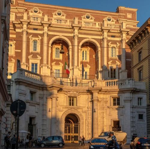 Armando Brasini, Palazzo INAIL przy via IV Novembre