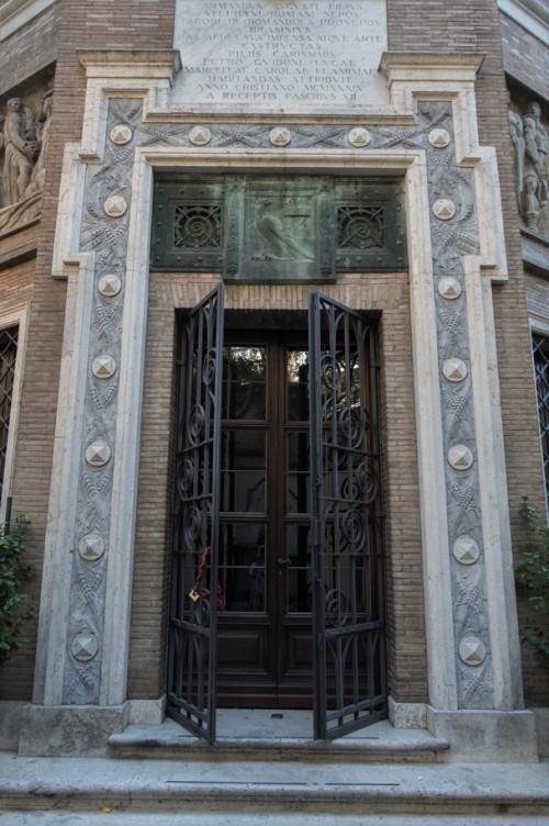 Villa Brasini, wejście do budynku