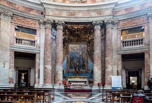 Sant'Andrea al Quirinale, kościół wg projektu Gian Lorenza Berniniego, widok absydy ołtarzowej