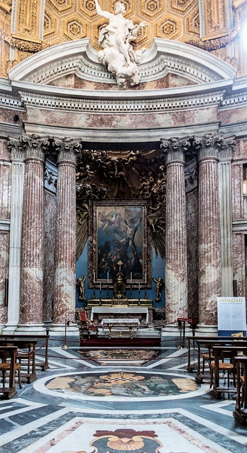 Church of Sant'Andrea al Quirinale, view of the altar with St. Andrew at the top of the tympanum, Antonio Raggi