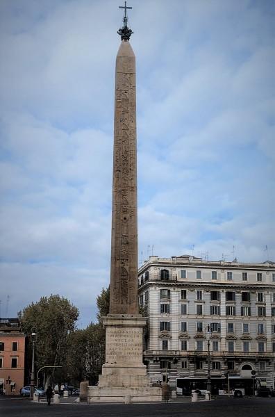 Egipski obelisk na Piazza di San Giovanni in Laterano