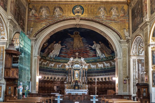 Church of Santi Cosma e Damiano, apse and triumphal arch of the basilica with mosaics from the VI and VII centuries