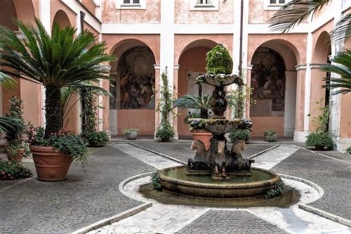 Church of Santi Cosma e Damiano, monastery courtyard with a Baroque fountain