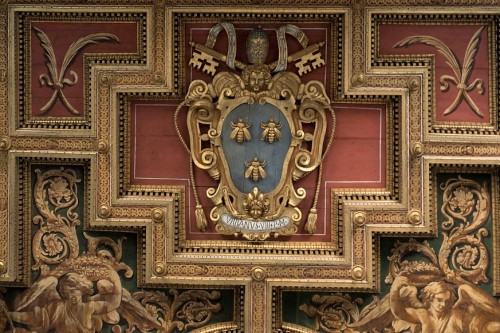 Church of Santi Cosma e Damiano, fragment of the ceiling with the coat of arms of Pope Urban VIII