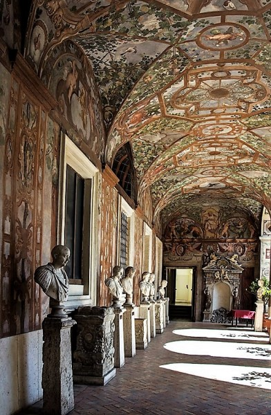 Palazzo Altemps, gallery of the busts of Roman emperors – piano nobile