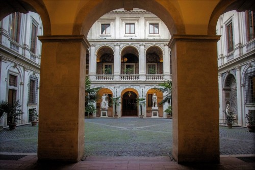 Palazzo Altemps, palace courtyard from the XVI century