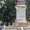 Obelisk Antinousa, inskrypcja upamiętniająca ustawienie monumentu przez papieża Piusa VII