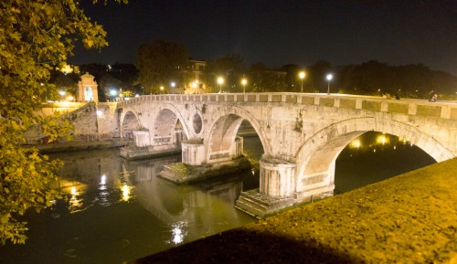 Ponte Sisto, foundation of Pope Sixtus IV