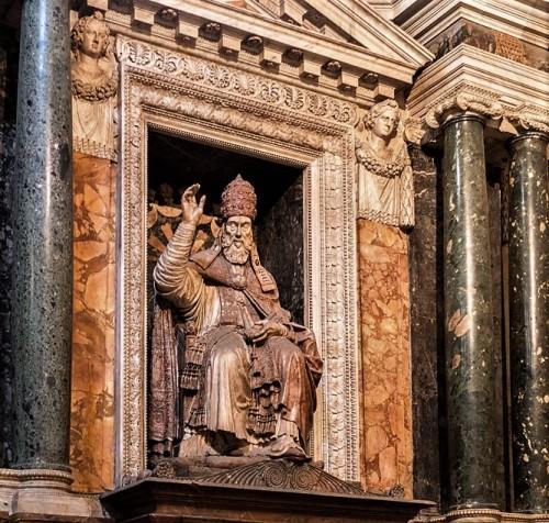 Carafa Chapel, Funerary monument of Pope Paul IV from the Carafa family, Basilica of Santa Maria sopra Minerva