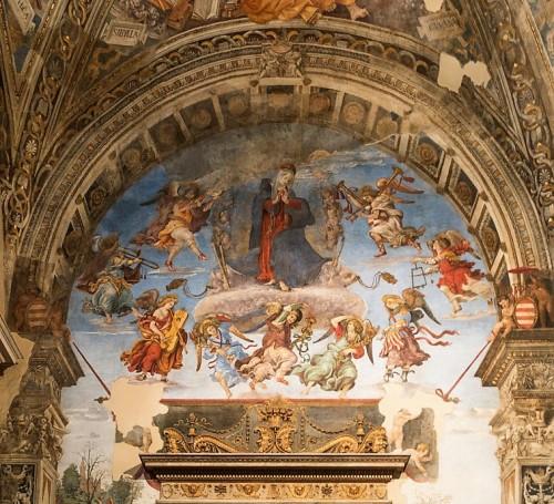 Kaplica Carafy, Wniebowzięcie Marii w towarzystwie muzykujących aniołów, Flippino Lippi, bazylika Santa Maria sopra Minerva