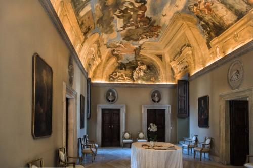Casino Ludovisi, Sala dell'Aurora z malowidłem Guercina