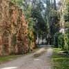 Casino Ludovisi, sztuczne skały parku krajobrazowego otaczającego pałacyk