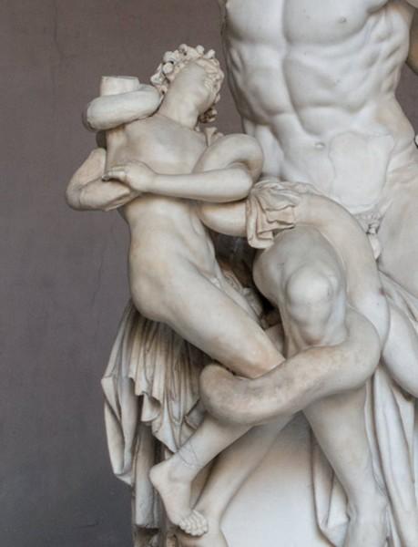 Grupa Laokoona, Musei Vaticani, fragment