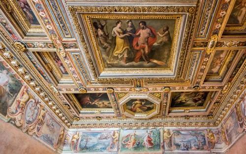 Villa Medici, casino - Sala degli Elementi, fresco by Jacopo Zucchi