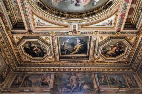 Villa Medici, casino - Sala delle Muse, fresco by Jacopo Zucchi