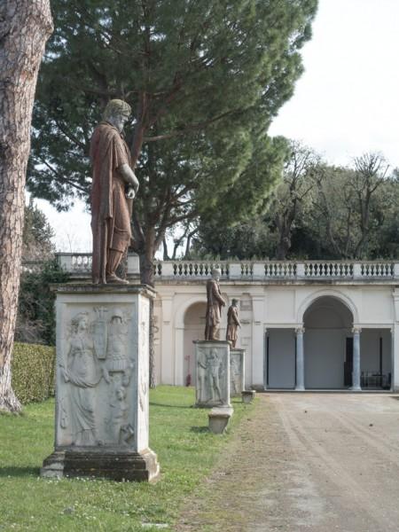 Villa Medici, sculpture decorations in the gardens