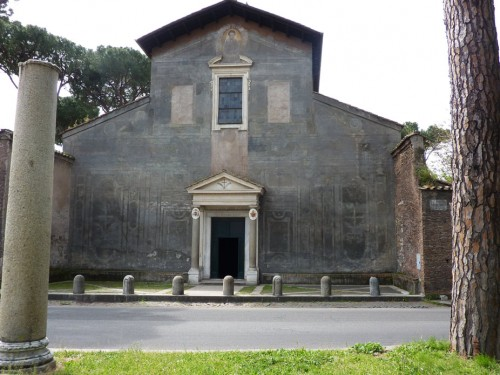 Fasada kościoła Santi Nereo e Achilleo