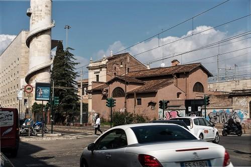 Bryła kościoła Santa Bibiana