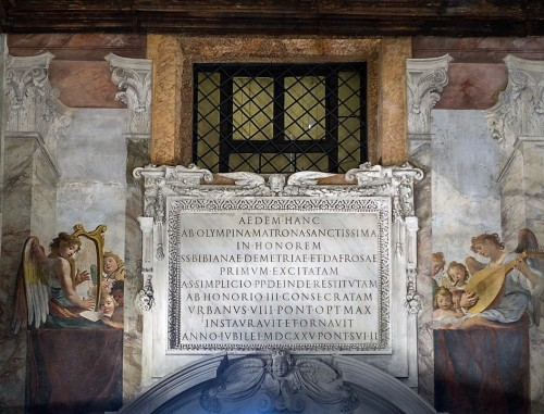 Church of Santa Bibiana, plaque commemorating Pope Urban VIII and the reconstruction of the church