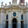 Fasada bazyliki Santa Croce in Gerusalemme