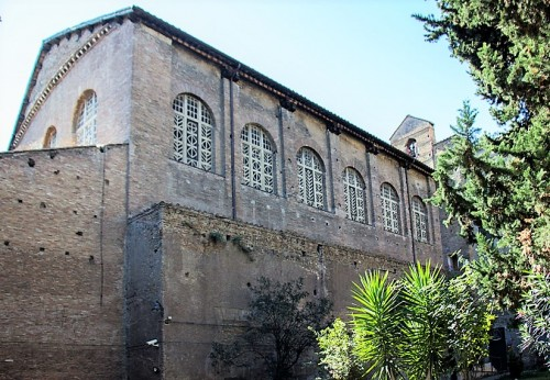 Church of Santa Balbina, view of the side nave