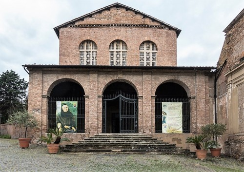 Church of Santa Balbina, façade