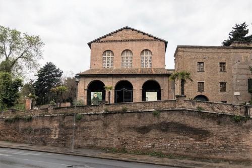 Kościół Santa Balbina, fasada