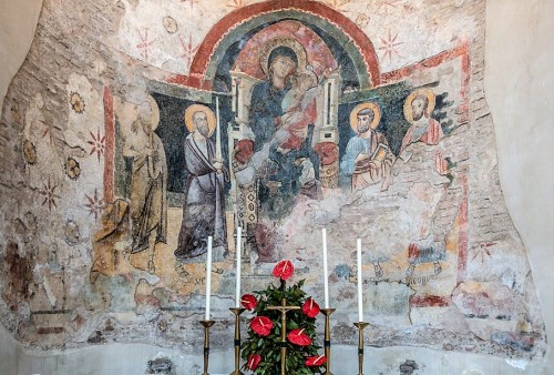 Church of Santa Balbina, Madonna with Child among figures of saints (third niche on the left)