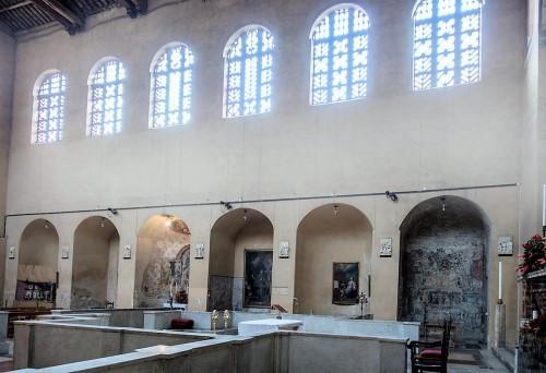 Kościół Santa Balbina, prawa nawa kościoła
