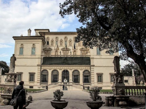Noble Casino (Galleria Borghese), representative palace of Cardinal Scipione Borghese, nephew of Pope Paul V