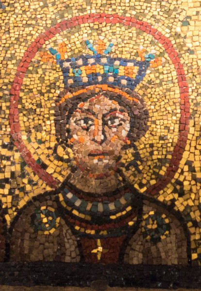 Image of a noble family lady from the IXth century (one of the saints) - mosaic in the Basilica of S. Prassede
