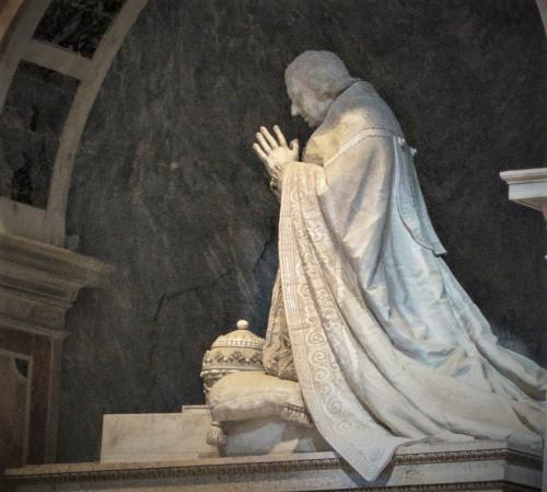 Pomnik nagrobny papieża Klemensa XIII, fragment, Antonio Canova, bazylika San Pietro in Vaticano