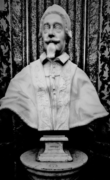 Marble bust of Pope Alexander VII, Musei Vaticani