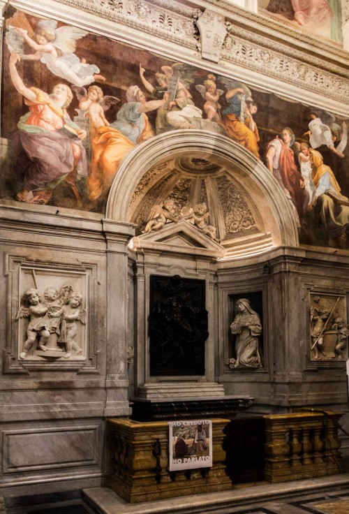 Kościół Santa Maria della Pace, kaplica Chigich, fundacja Agostina Chigiego