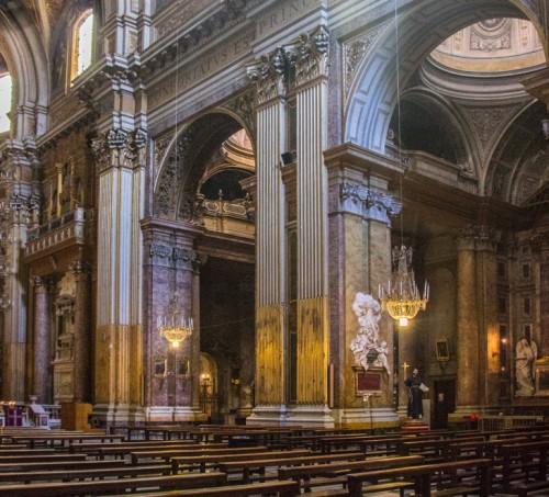 Bazylika Santi Apostoli, epitafium z sercem Marii Klementyny Sobieskiej