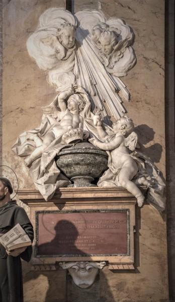 Epitafium z sercem Marii Klementyny Sobieskiej, bazylika Santi Apostoli
