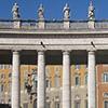 Kolumnada na placu św. Piotra, idealnie nachodzące na siebie rzędy kolumn, proj. Gian Lorenzo Bernini
