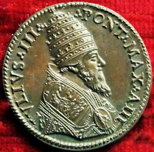 Juliusz III, medal z wizerunkiem papieża, ok. 1552 r., zdj. Wikipedia